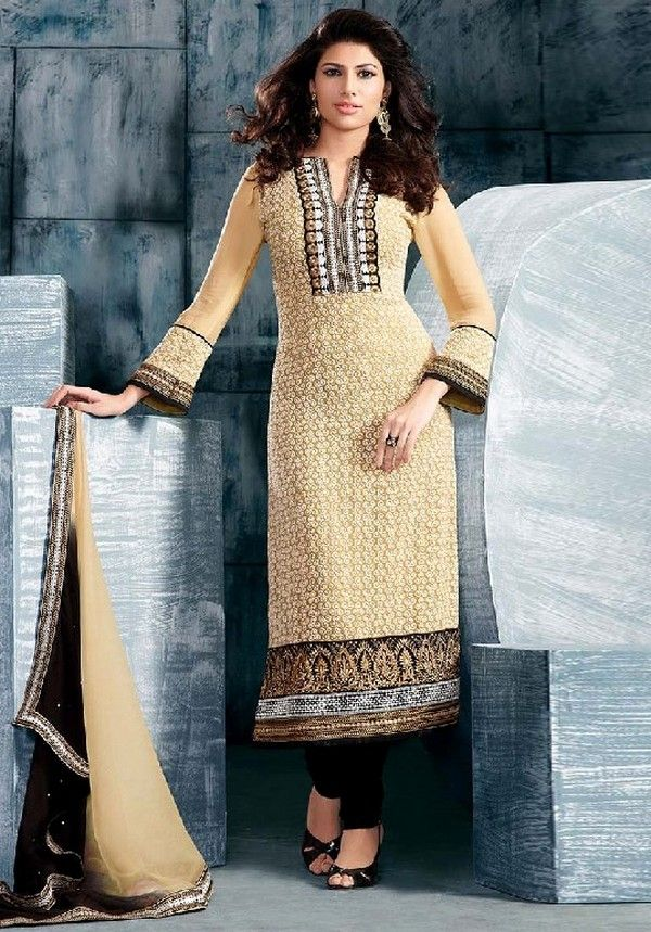Latest Pakistani Salwar Kameez Designs