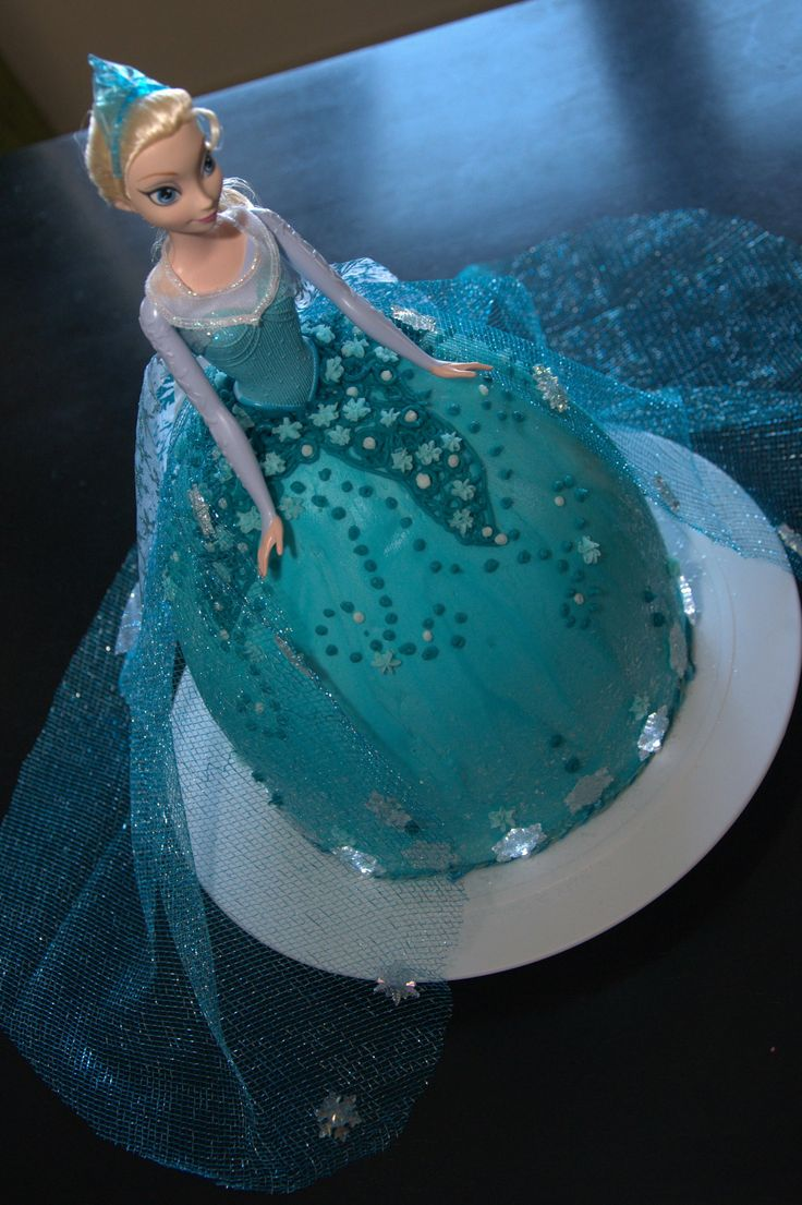 Homemade Elsa Princess Disney Frozen Cake: Doll Cake, Frozen Party, Frozen Birthday, Party Ideas, Disney Frozen, Frozen Cake, Birthday Party, Birthday Cakes