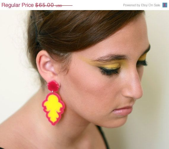 """Amazing Pink And Yellow Earrings - Bridesmaid Jewelry - Bridesmaid Earrings - Elegant Jewelry - Unique Jewelry  These unique earrings are made from a combination of pink and yellow acrylic parts, they hang on pink acrylic studs earwires.  These earrings make a bold statement,   Length: 3.15"""" (8cm)  All of my jewelry comes with a gift box.  $65"""