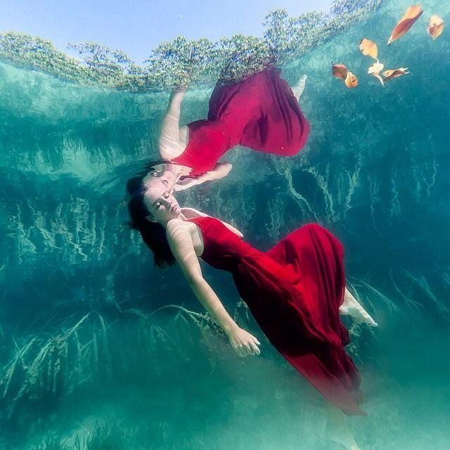 まるで本物の人魚姫。西インド諸島のsacha kalisの魅力に迫る♡|MERY [メリー]