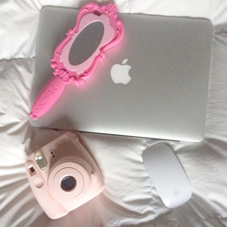 #macbook #iphonecase #moschino #inspiration #loveit #apple #pink #fujifilm #instaxmini #barbie