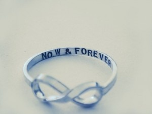 I want this! someone please get it for me:)Hands Stamps, Right Hands Rings, Infinity Signs, Eternity Rings, Infinity Rings, Wedding Rings, Promis Rings, Engagement Rings, Promise Rings