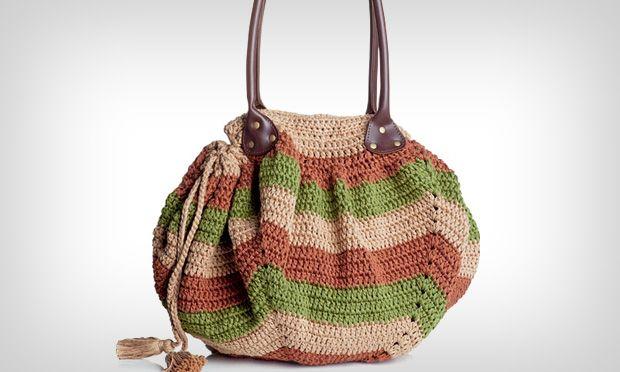 M de Mulher: Saiba como fazer uma bolsa de crochê com tramas coloridas. A bolsa de crochê tricolor é ideal para usar no dia a dia.