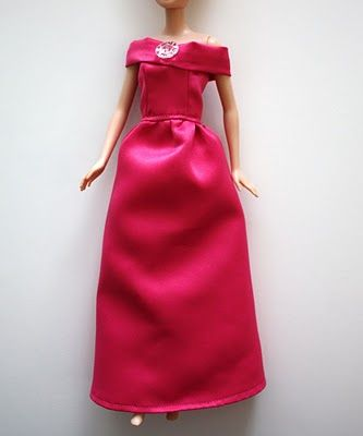 I admit that the reason I first bought a Barbie for Sophie was because I wanted to sew clothes for it. So far I've only made on dress and one pari of pants.