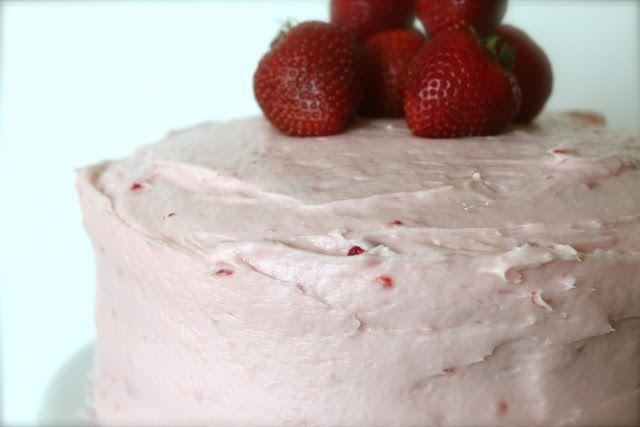 Strawberry Jello Cake Recipe With Pudding: 1000+ Ideas About Strawberry Jello Cake On Pinterest