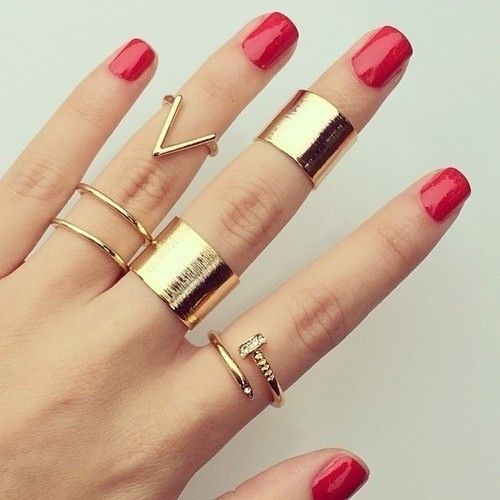 Ring Stacks. Find them here: http://rstyle.me/n/ur2ew4ni6