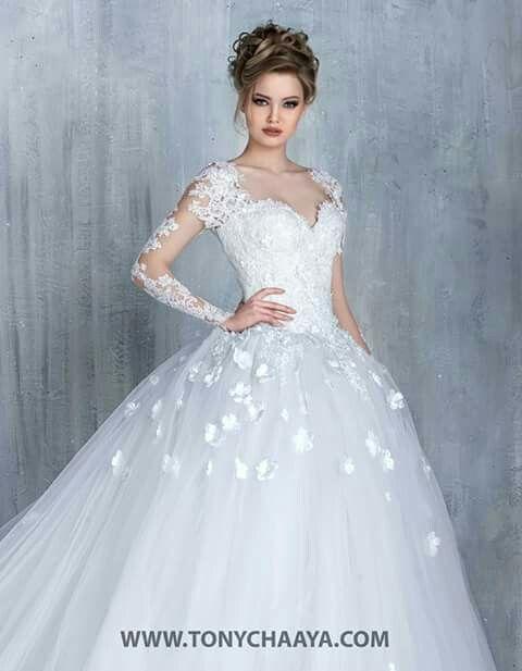 64 best Ball gown / Princess Wedding Dress images on Pinterest ...