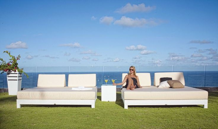 #Elegant #Outdoor #Daybeds from Fiore Rosso Skyline Collection.  http://www.fiore-rosso.com/  #OutdoorLiving #OutdoorFurniture #UAE #ABUDHABI #CreativeLiving #Doha #Saudi #Oman #furniture #FioreRosso
