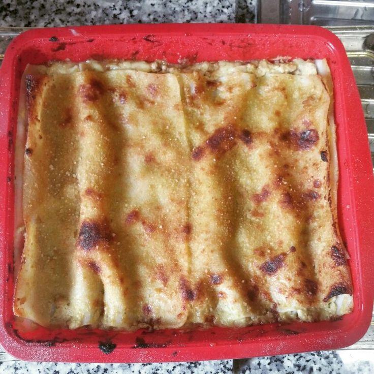 Lasagne di riso farcite con ragù di tacchino in sugo di zucchina