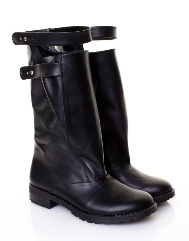 Black boots design strap detail