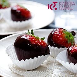 Truskawki w czekoladzie: gorzkiej, deserowej lub białej