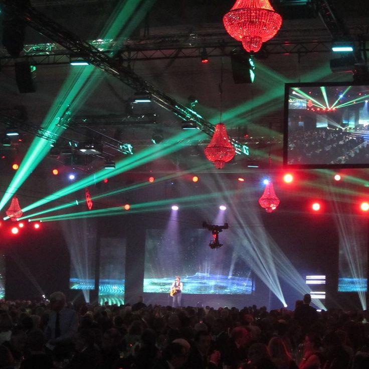 NAB award switzerland #catering #cena #galadiner #lighting #cenadegala #candelabros #decoraciondeeventos #decoracion #eventoscorporativos #eventos #iluminación #decoracaodefesta #decoracaodeeventos #jantardegala #luxuryevents #luxuryeventplanner #eventdes