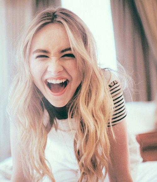 I LOOOOOVVVVVEEEEE her smile. She is so cute!!!!!!