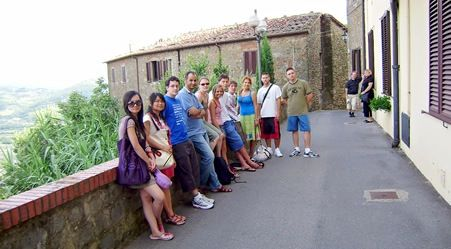Parola Italian school on a fieldtrip in Montecatini