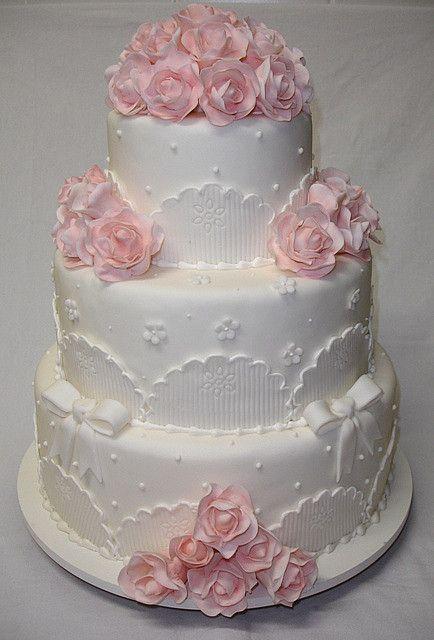 Romantic Wedding Cake by *Ded's*, via Flickr