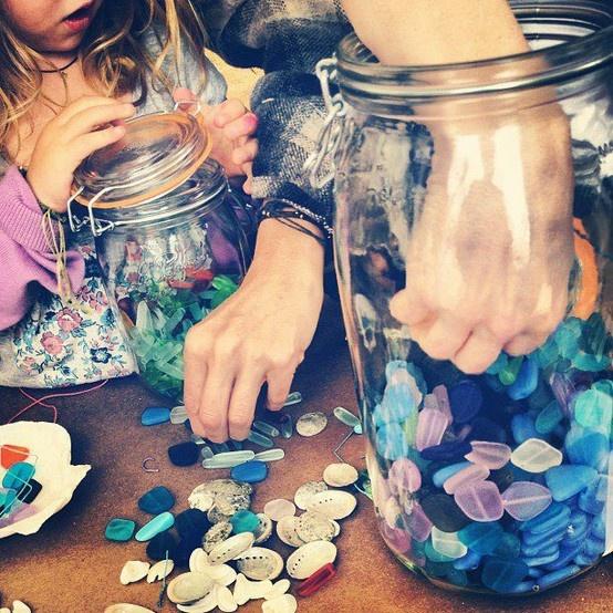 Cute decorations with Le Parfait jars for parties #LeParfait #jars