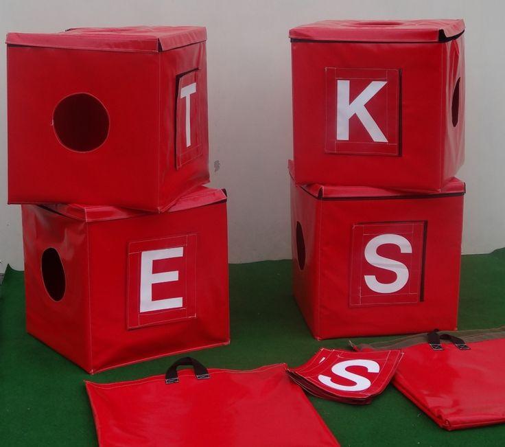 DIY spellenpak/ jongens tegen de meisjes