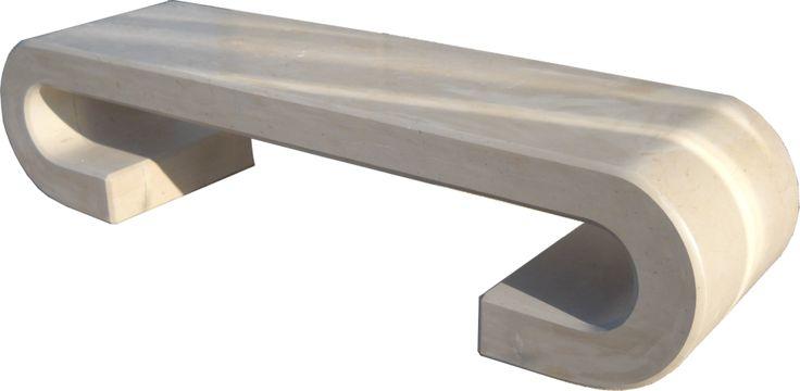 Panchina Aris Realizzata in pietra di Apricena ,finitura tipo carteggiato ad effetto levigato. Base:mm 2000x500 Altezza: mm 420 Peso: kg 476