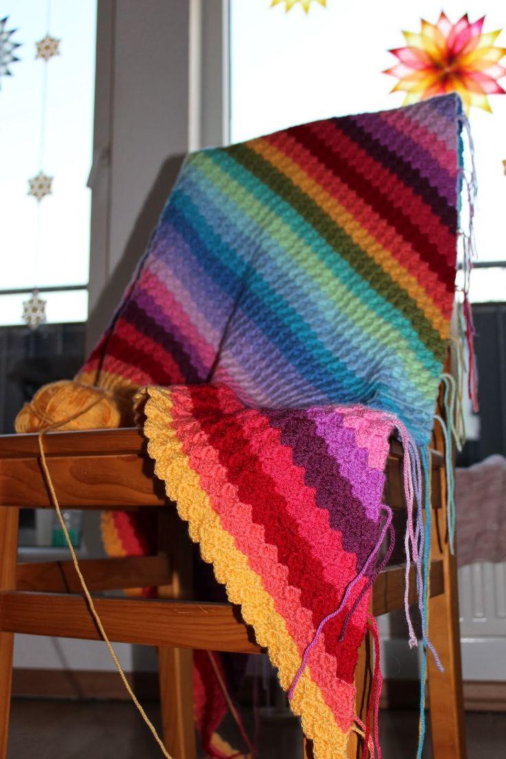 Corner To Corner Blanket: free crochet pattern #crochet #blanket #pattern