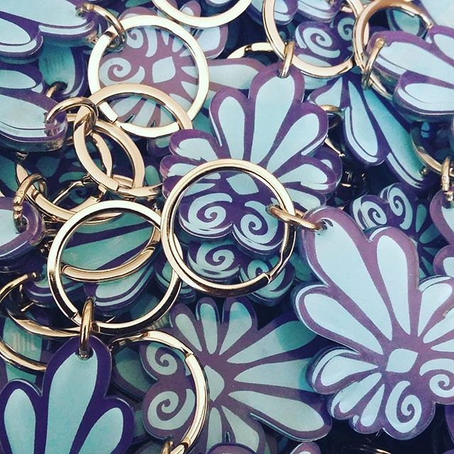 #greek #decorative #keychain #keyring #museumshop #museumstore #gift #giftshop #screenprint #silkscreen #plexiglass #acrylic #colors #purple #cyan#greece  #art #souvenir #plexiartshop #instaartwork #instaart #madeingreece #productdesign #greecestagram #greekdesigners #archaeological #museum 🏛🕋 #photooftheday #picoftheday #graphicdesign  @plexiartshop
