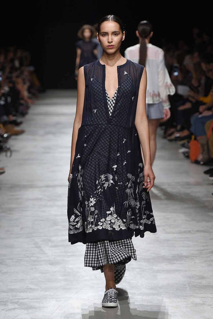 Rahul Mishra Spring 2017 Ready-to-Wear Collection Photos - Vogue