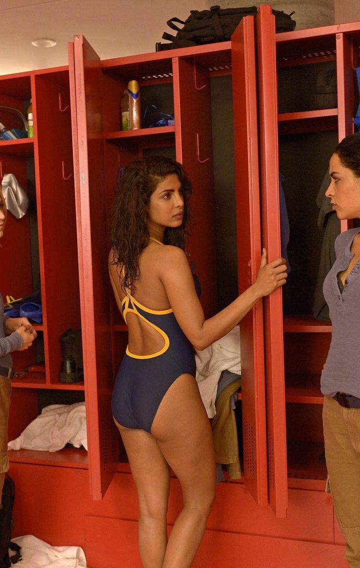 Priyanka Chopra Flaunts her Bikini Body In Quantico 3