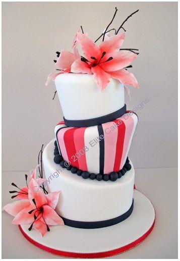Exotic lilies Wedding Cake, Elegant Wedding Cakes, Floral Wedding Cakes Sydney, Modern Wedding