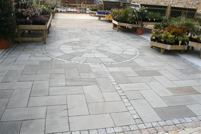 Kandela grey sandstone paving sn granite garden ideas for Paving stone garden designs