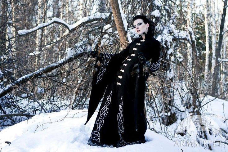 "Long wool gothic coat ""Blackbird"" - SB - Love this for Abby"
