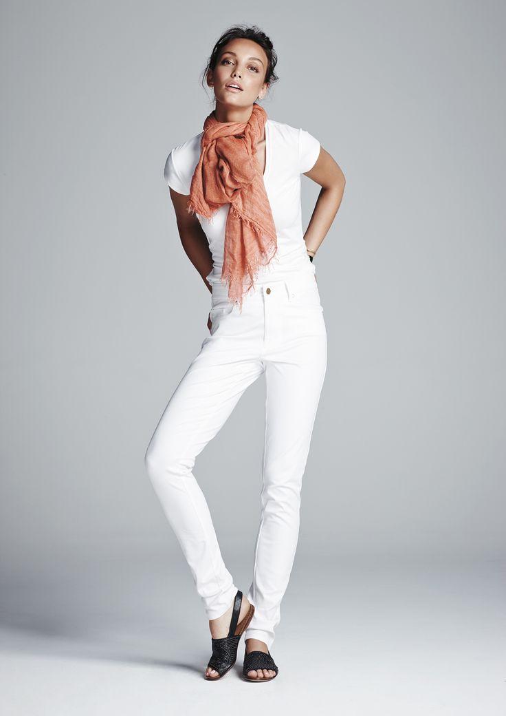 White traveller T, white skinny jean and spice gossamer wrap.