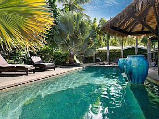 Sukawatti, Palm Cove Luxury   Vacation Rental in Palm Cove from @homeawayau #holiday #rental #travel #homeaway