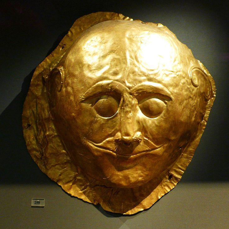 Esempio di Maschera funeraria Micenea, ca. 1600-1500 a.C. Lamine d'oro modellate