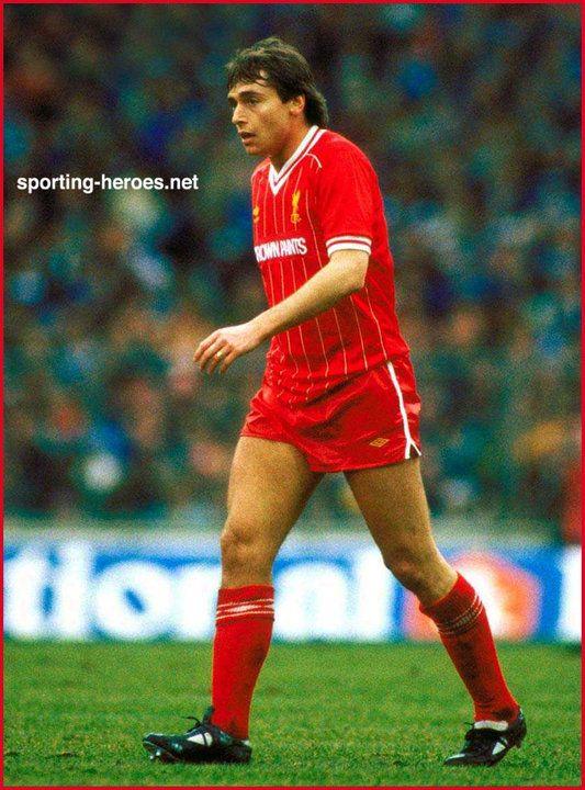 Michael Robinson - Liverpool FC - Biography 1983/84-1984/85