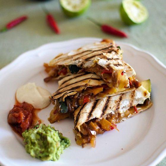 Tästä pitävät kaikki: Kasvisquesadillat ja guacamole