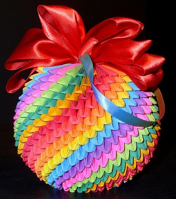 3D Origami ornament in a rainbow of pastel colors