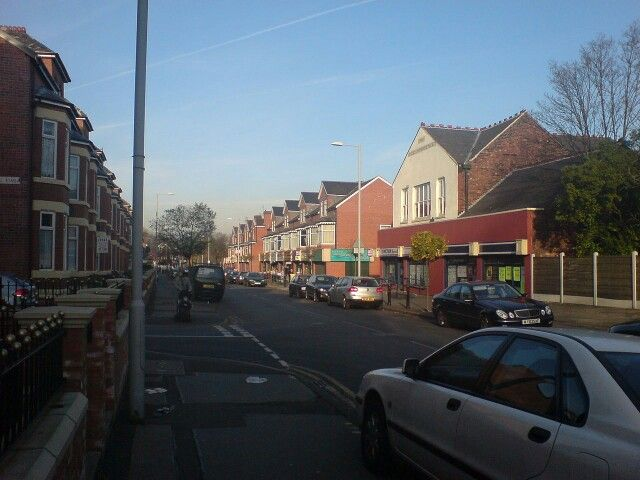 Crumpsall has only a few small shops. Most of these have been recently renovated and are on Lansdowne Road.