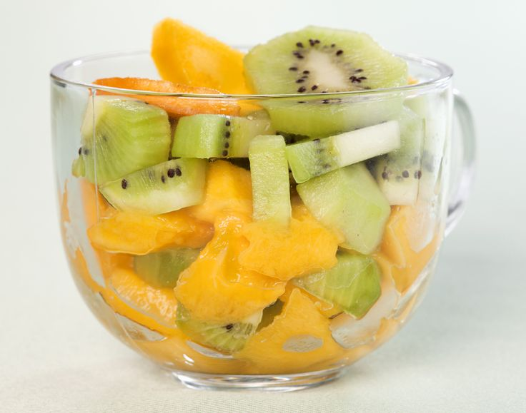 For dessert or breakfast, this healthy option is easy to prepare and a great option for meal prep: the fruit combination tastes better after it sits in the marinade overnight. Nutrition: 156 calories, 1 g protein, 3 g of fibre per serving.