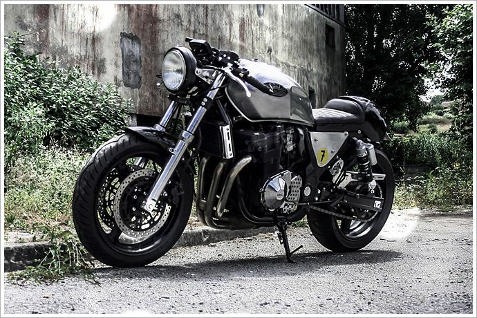 "Sérgio Teixeira's Suzuki GSX 750 - ""Saudade"" - Pipeburn - Purveyors of Classic Motorcycles, Cafe Racers & Custom motorbikes"