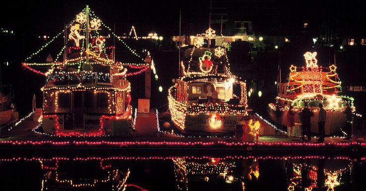 coronado christmas parade 2014 | Where to See Christmas Lights in San Diego - 2014
