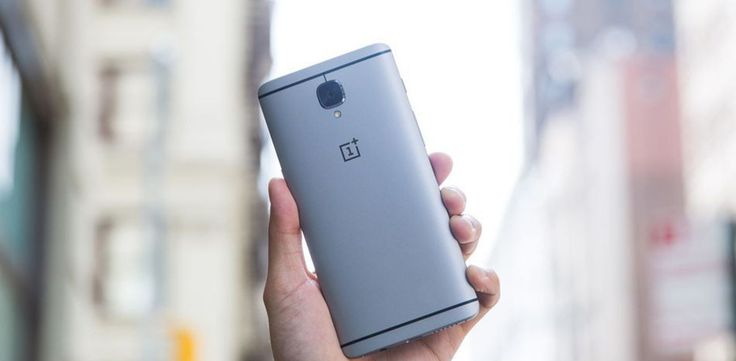 L'indiscrezione è trapelata oggi da Slashleaks che riporta tutte le specifiche di OnePlus 5, la maggior parte dei quali corrobora le voci precedenti. Secondo la fonte, le dimensioni di OnePlus 5 saranno praticamente identiche a quelle di OnePlus 3T; iltelefono avràuno schermo da 5.5...