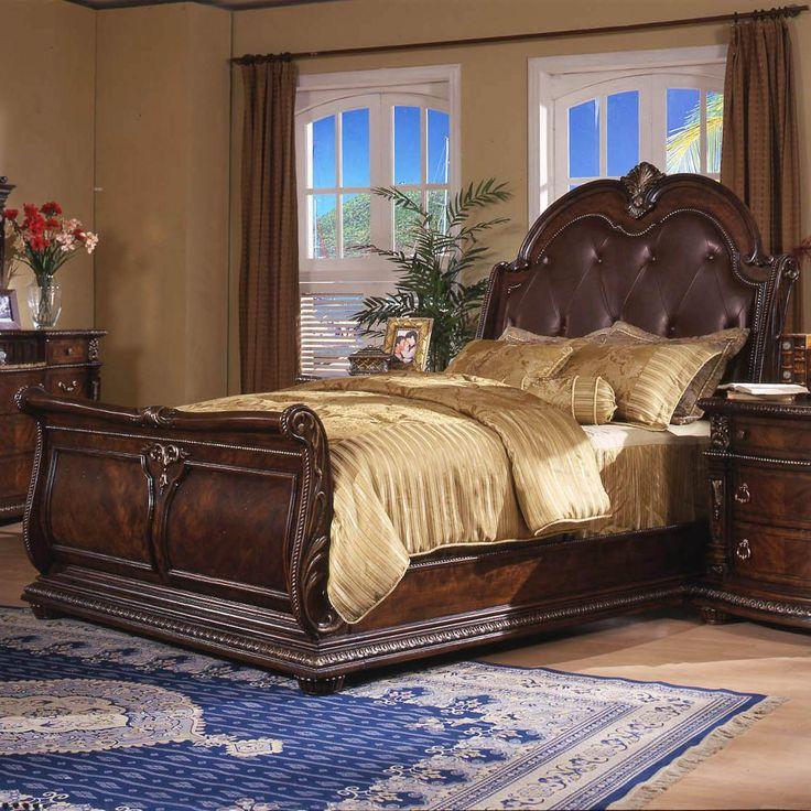 Conventry II Queen Sleigh Bed by Davis International