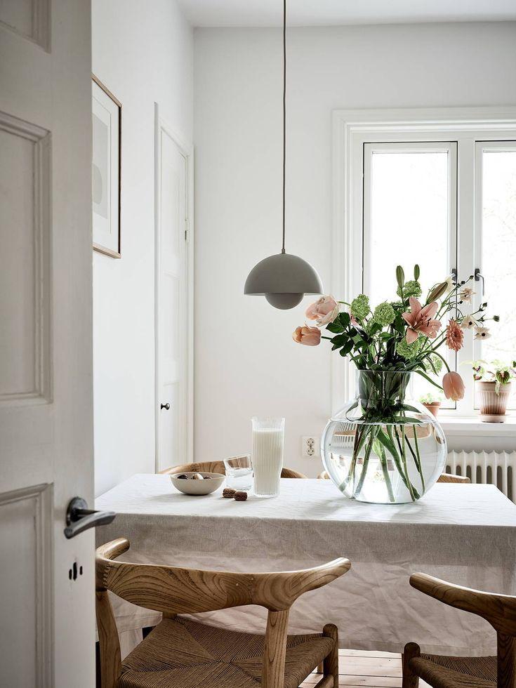 Beige studio home – via Coco Lapine Design blog
