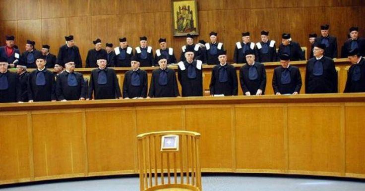 Δικηγόροι κατά Αρείου Πάγου: «Εκτός συνταγματικών ορίων» η ηλικία αποχώρησης των δικαστικών