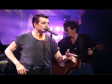 (12) EXPECTACULAR FiNAL CONCIERTO EL ÚLTiMO DE LA FiLA Auditorio Sevilla HQ REMASTERiZADO 1995 PLANEt26 - YouTube