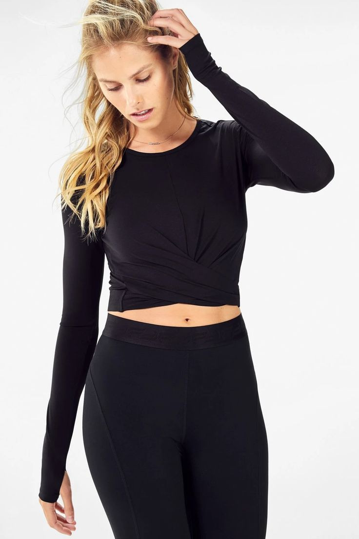 Pia Front Twisted LongSleeve Top in 2020 Fabletics