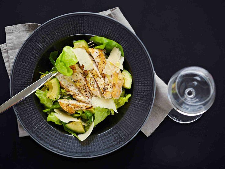 Kana-avokadosalaatti - Reseptit