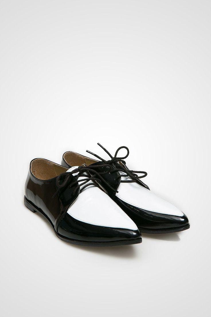 Jordana Flats - Black White