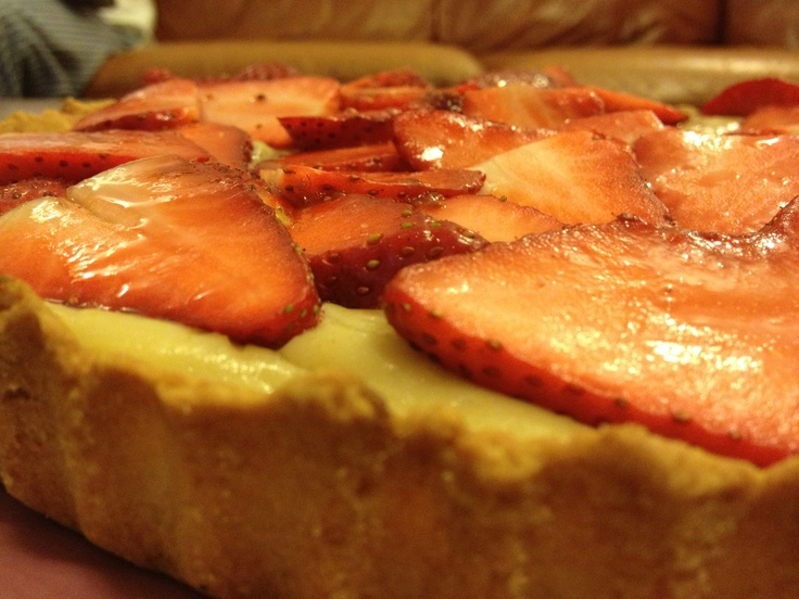 Strawberry & Custard Tart  Yummy! Have a bite :)