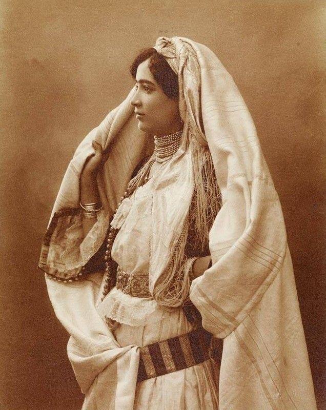 Costume traditionnel Algérie 19e siècle