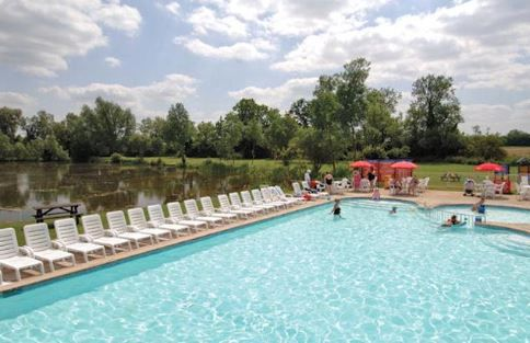 Hoburne Cotswold, South Cerney, Cirencester, Gloucestershire, England. #Swimmingpool. Travel, holiday, explore, accommodation, treat yourself.